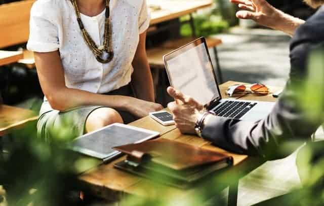 Kledingtips voor een zakenreis of je werk