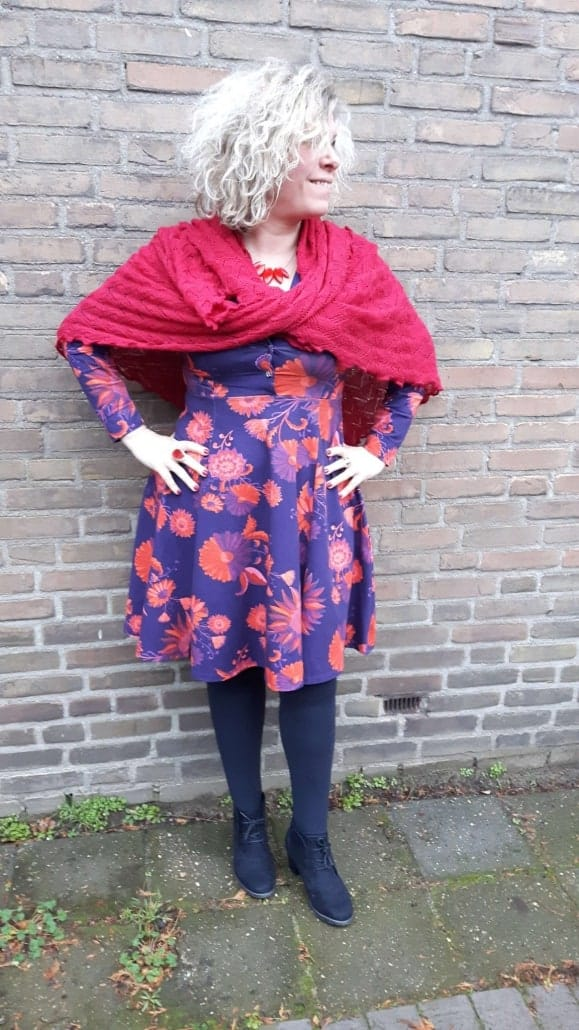 Paars oranje jurk van Lien en Giel van Art in Den Bosch